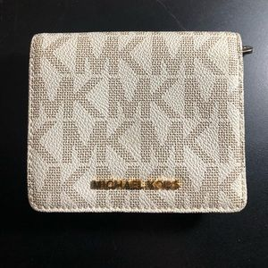 Michael Kors Bi-Fold Wallet
